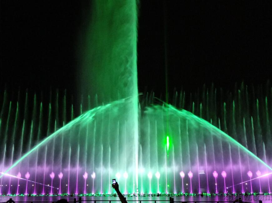 What is the significance of sprinklers for fountain design?