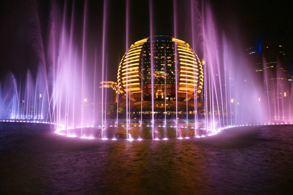 The fountain became a frequent visitor in landscape design